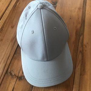 NEW Men's Lululemon gray SnapBack hat